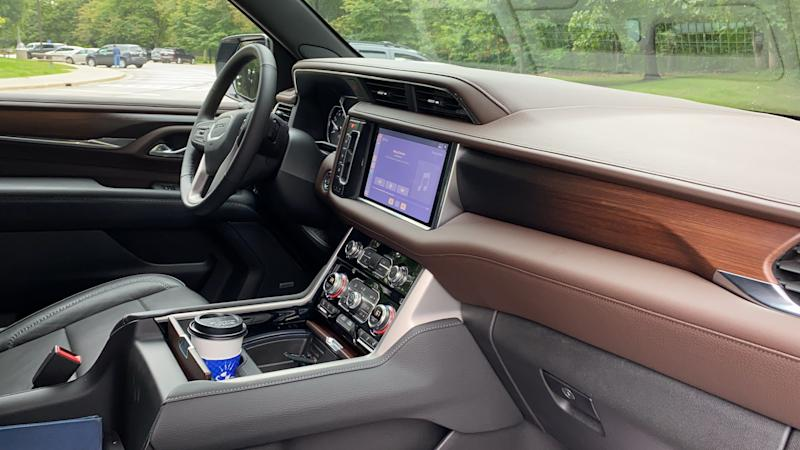 The 2021 GMC Yukon Denali's dashboard, including its' flush-set touch screen, are unique from lower trim levels.