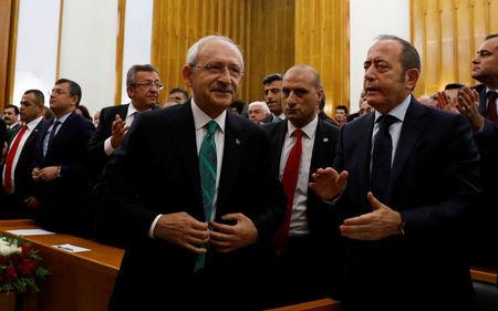 Turkey's main opposition leader, the Republican People's Party (CHP) Kemal Kilicdaroglu, arrives at a meeting at the Turkish parliament in Ankara, Turkey April 18, 2017. REUTERS/Umit Bektas