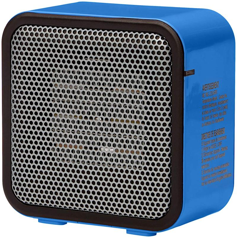 AmazonBasics 500-Watt Ceramic Small Space Personal Mini Heater. (Photo: Amazon)
