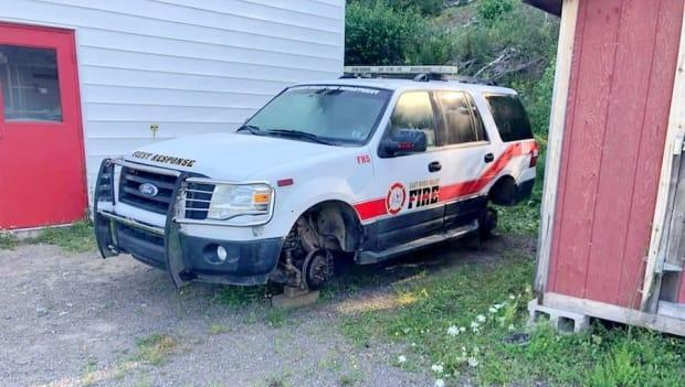 The East River Valley volunteer fire department's emergency SUV was discovered up on blocks, its tires stolen, Wednesday morning. (Capt. Dalton Holley - image credit)