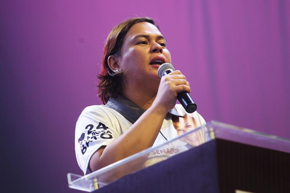 FILE PHOTO: Davao City Mayor and the president's daughter Sara Duterte delivers a speech during a senatorial campaign caravan for Hugpong Ng Pagbabago (HNP) in Davao City on May 9, 2019. (Source: REUTERS/Lean Daval Jr.)
