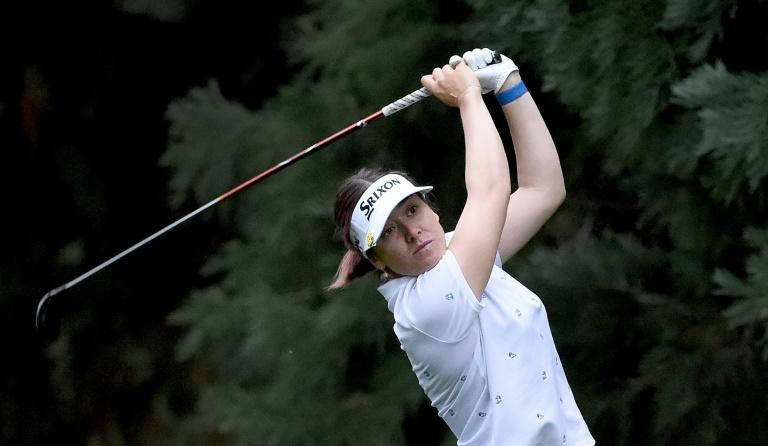 Green grabs share of lead in LPGA Portland defense