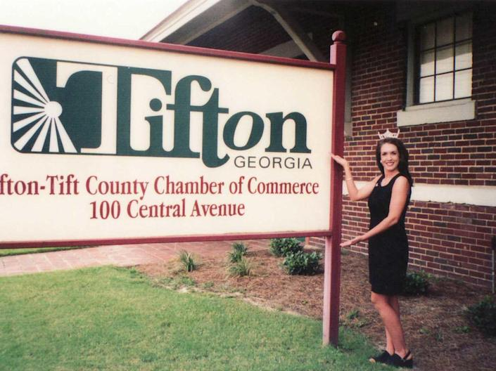 In 1999, Tara Grinstead won the Miss Tifton pageant, which landed her a spot at the 1999 Miss Georgia competition. / Credit: Connie Grinstead