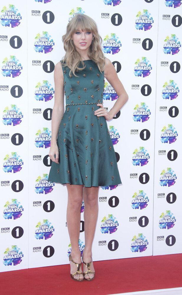 U.S singer Taylor Swift arrives for the BBC Radio 1 Teen Awards 2013 at Wembley Arena in west London, Sunday, Nov. 3, 2013. (Photo by Joel Ryan/Invision/AP)