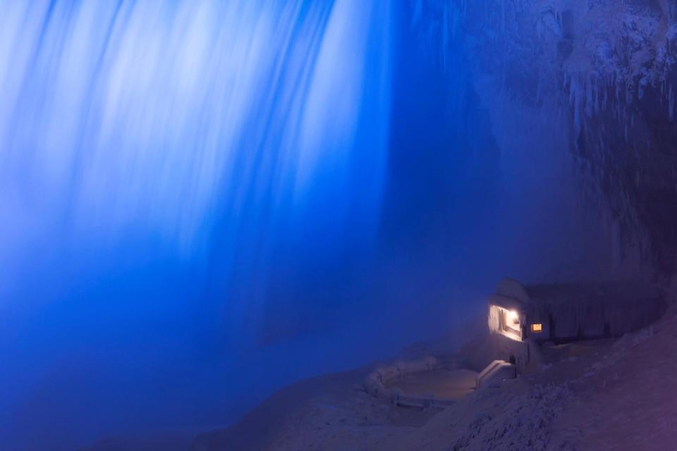 <p>A building covered in ice sits at the base of the Horseshoe Falls in Niagara Falls, Ontario, Canada, January 2, 2018. REUTERS/Aaron Lynett </p>