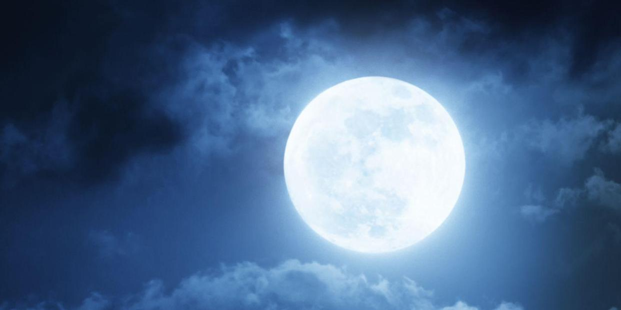 The Full Moon And Lunar Eclipse In Capricorn Mean Serious
