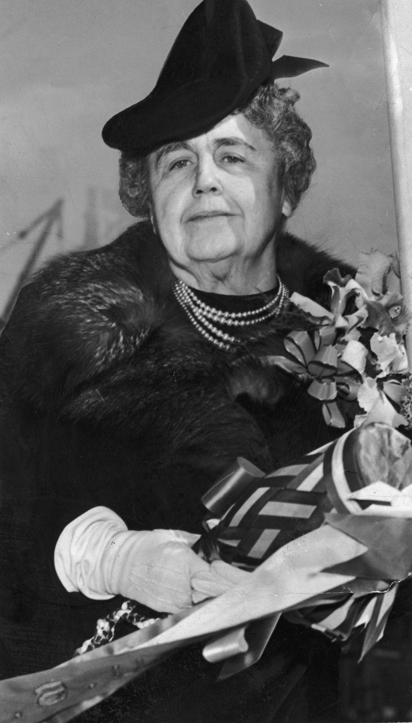 <p>Woodrow Wilson is President and the First Lady's name is Edith, whose pretty name was on the charts at No. 32. Still at the top? Usual suspects Mary, Dorothy, Helen, John, William, and Robert (surpassing James).</p>