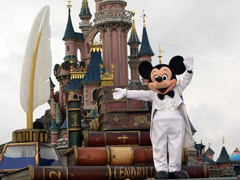 Tom Wolber, president of Euro Disney, blamed the difficult economic environment in Europe for the group's problems