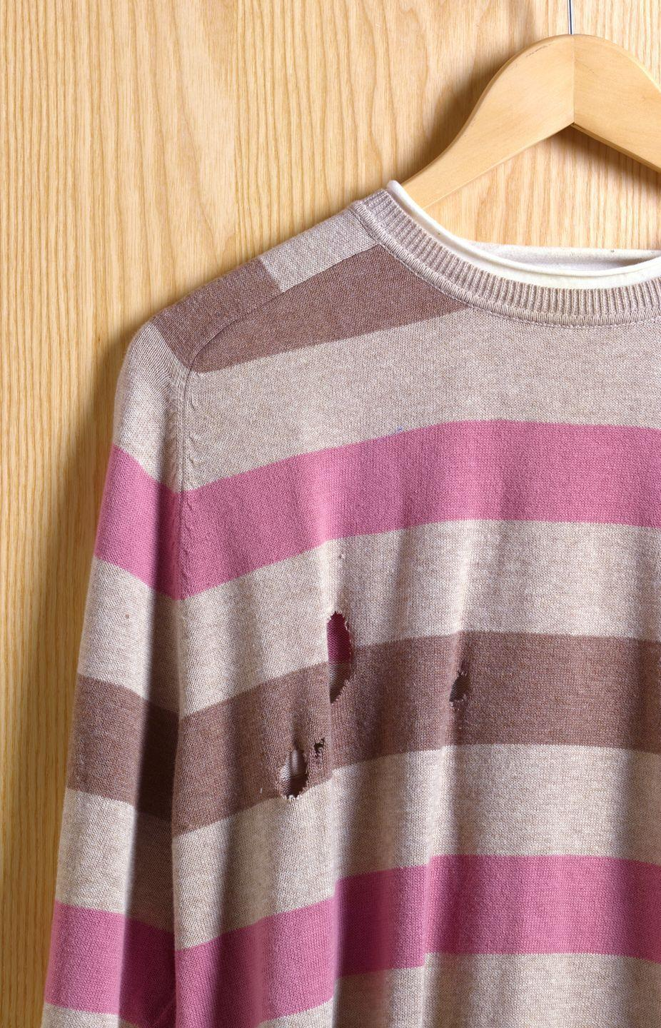 <p>You can find a ton of steals when shopping for vintage clothing, but it's best to closely inspect items before making a purchase. Between stains, tears, and smells, you don't want to get stuck with a damaged item and no where to return it. </p>