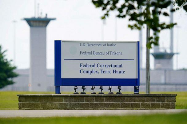 PHOTO: The federal prison complex in Terre Haute, Ind. (Michael Conroy/AP, FILE)