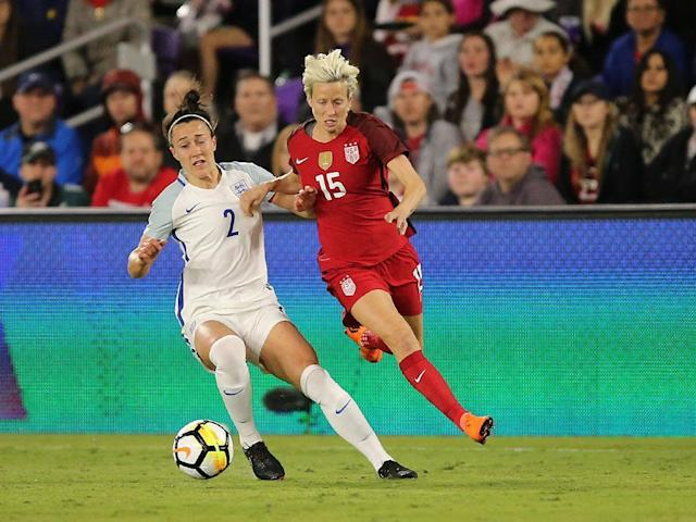 Lucy Bronze and Megan Rapinoe tussle for possession (Getty)