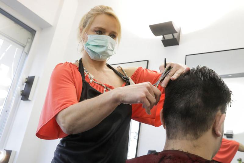 'Shut it down': Hairdressers call on PM to close salons amid coronavirus. Photo: Getty Images.