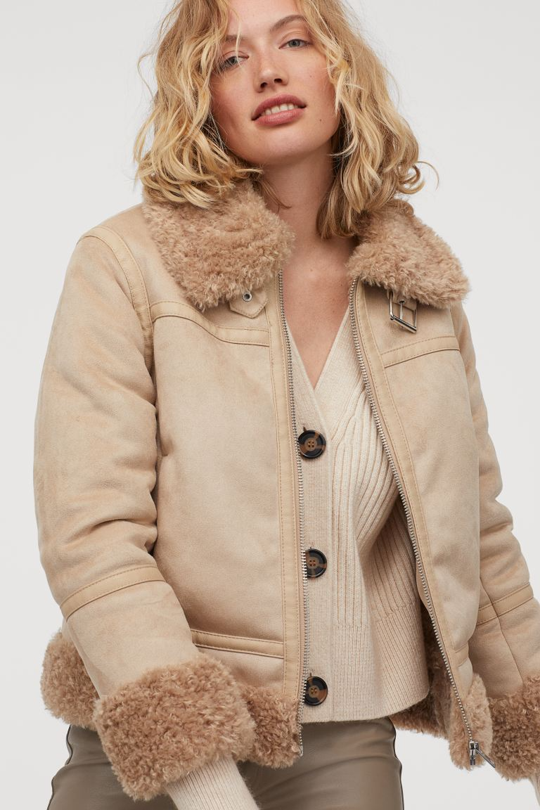 """<br><br><strong>H&M</strong> Faux Shearling-Lined Jacket, $, available at <a href=""""https://go.skimresources.com/?id=30283X879131&url=https%3A%2F%2Fwww2.hm.com%2Fen_us%2Fproductpage.0909004001.html"""" rel=""""nofollow noopener"""" target=""""_blank"""" data-ylk=""""slk:H&M"""" class=""""link rapid-noclick-resp"""">H&M</a>"""