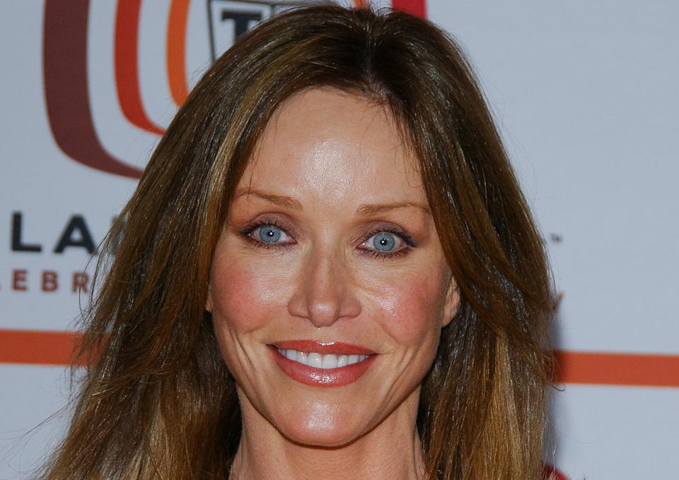 This archive photo shows actress Tanya Roberts arrives for the 4th annual TV Land awards held at Barker hangar in Santa Monica, California on March 19, 2006. (Photo by Chris DELMAS / AFP) (Photo by CHRIS DELMAS/AFP via Getty Images)