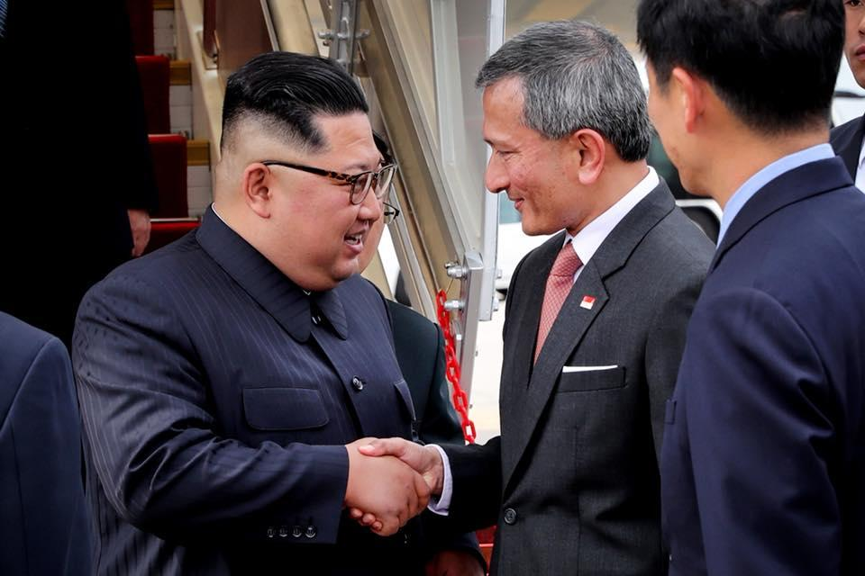 <p>North Korean leader Kim Jong Un shakes hands with Singapore's Foreign Minister Vivian Balakrishan. (PHOTO: Facebook / Vivian Balakrishnan) </p>