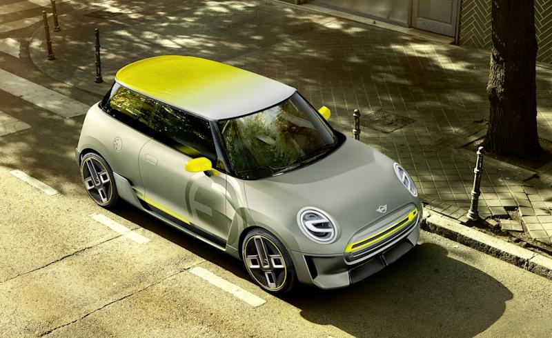 An artist's impression of the Mini Electric concept that was first shown in 2017. — SoyaCincau pic