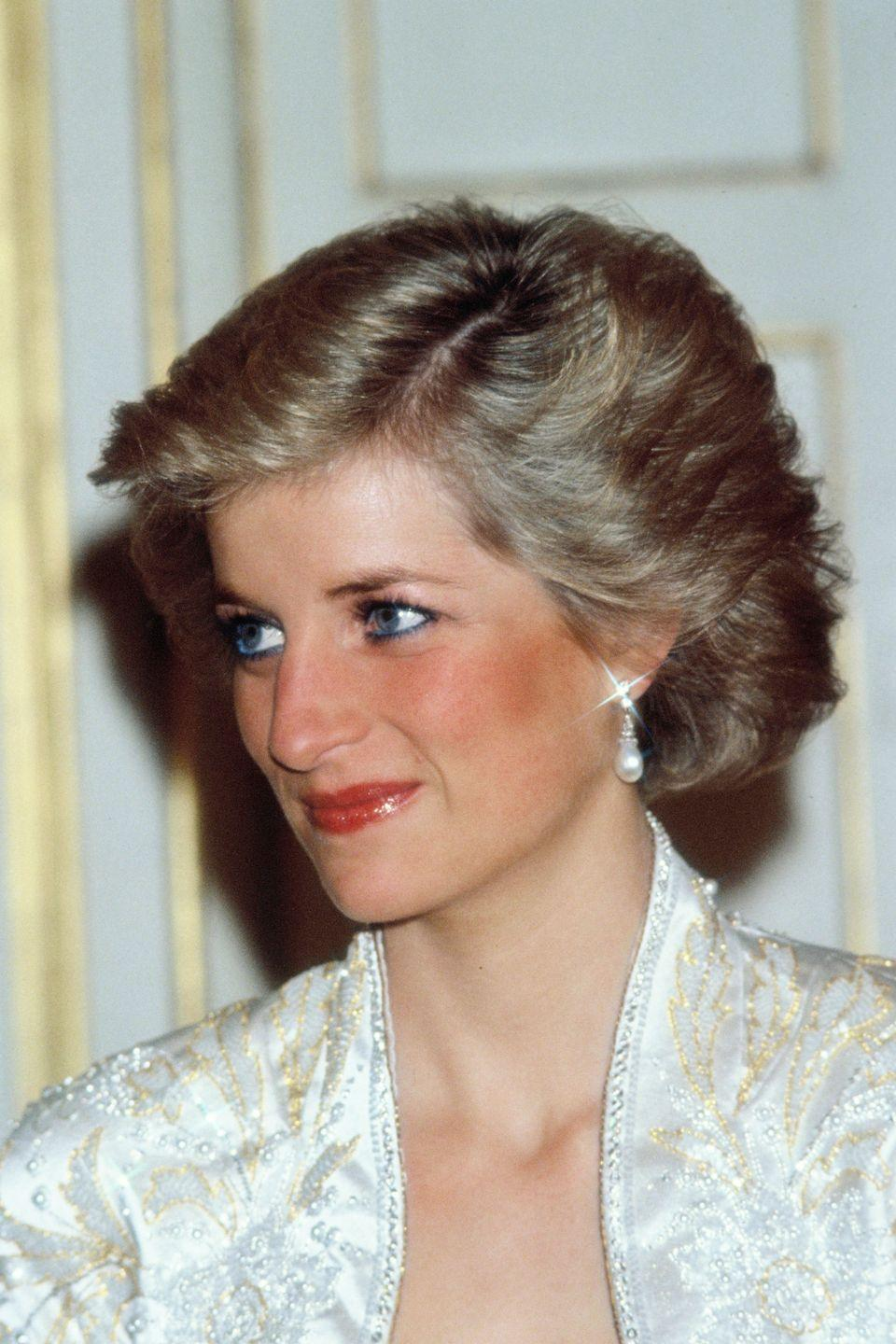 """<p>Princess Diana didn't just swipe the brush and go. """"I always taught her to make sure — when applying <a href=""""https://www.goodhousekeeping.com/beauty-products/mascara-reviews/g4852/best-drugstore-mascara/"""" rel=""""nofollow noopener"""" target=""""_blank"""" data-ylk=""""slk:mascara"""" class=""""link rapid-noclick-resp"""">mascara</a> by herself — that she covered the roots of the lashes too,"""" Greenwell told <em><a href=""""http://www.stylist.co.uk/beauty/dianas-beauty-secrets"""" rel=""""nofollow noopener"""" target=""""_blank"""" data-ylk=""""slk:Stylist"""" class=""""link rapid-noclick-resp"""">Stylist</a>.</em> Start in the corner of the eye and then work across before brushing it through, she <a href=""""http://www.dailymail.co.uk/femail/article-4243454/Diana-s-make-artist-Mary-Greenwell-recreates-look.html"""" rel=""""nofollow noopener"""" target=""""_blank"""" data-ylk=""""slk:advises"""" class=""""link rapid-noclick-resp"""">advises</a>.</p>"""