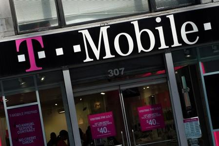 Mobile and Sprint may have negotiated a deal with the Justice Department