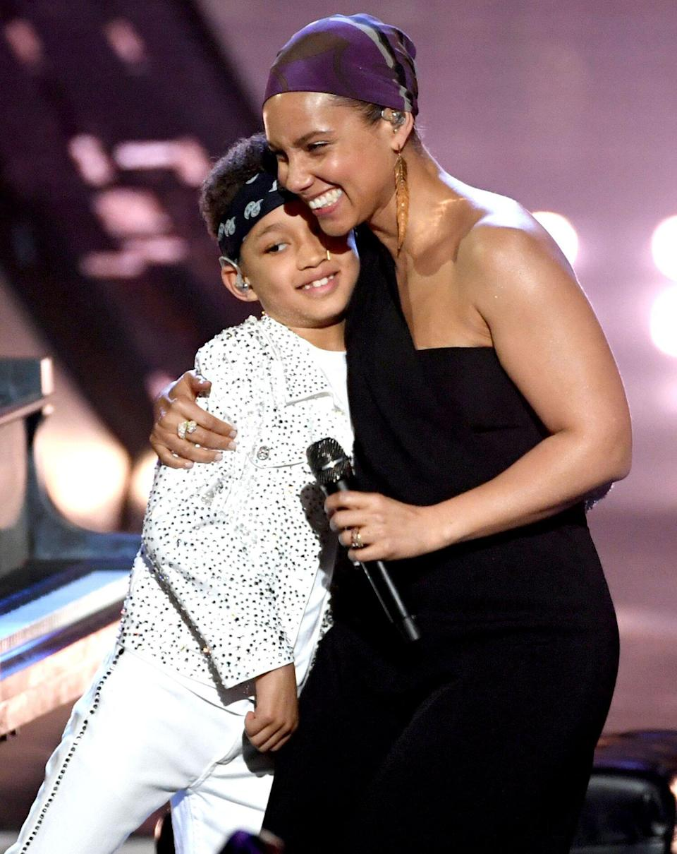 Alicia Keys and her son Egypt Daoud Dean perform onstage at the 2019 iHeartRadio Music Awards
