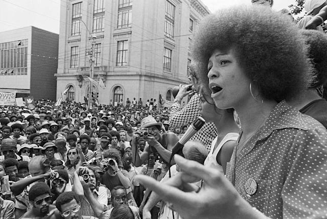 Angela Davis speaks at a street rally in Raleigh, N.C., in 1974. (Photo: Getty Images)