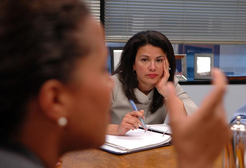 Patti Solis Doyle, right, manager for Hillary Clinton's presidential campaign, talks to Leecia Eve, senior policy adviser, in 2007. (Photo: Stephanie Kuykendal/Chicago Tribune/MCT via Getty Images)