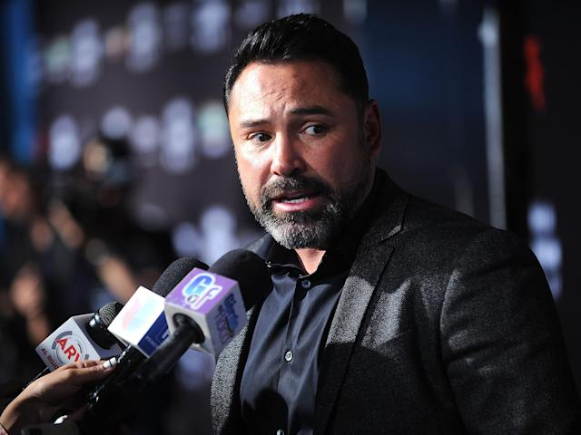 Oscar De La Hoya accused Conor McGregor and Floyd Mayweather of 'disrespecting boxing' with their fight. (Getty)