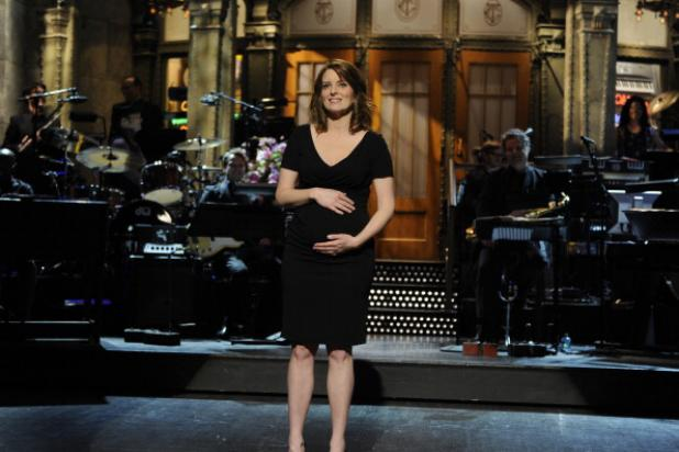 Tina Fey, Miley Cyrus, Bruce Willis Kick Off New 'SNL' Season