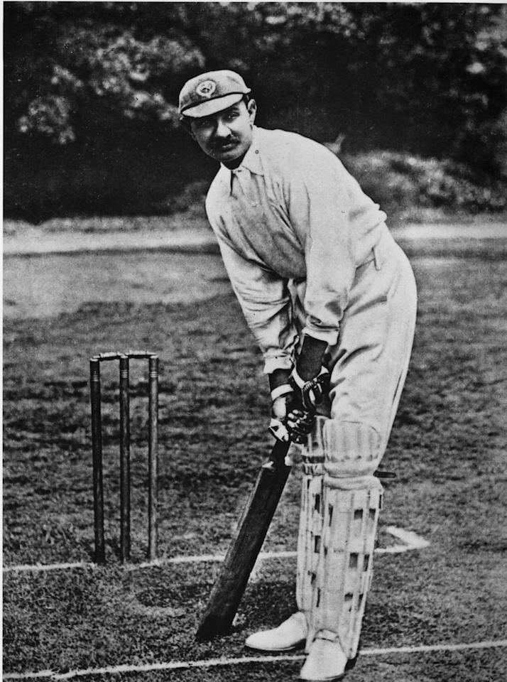 1902:  Indian cricketer Kumar Shri Ranjitsinhji.  (Photo by Hulton Archive/Getty Images)