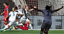 England defender Lucy Bronze (C) celebrates her goal against Canada with teammate Steph Houghton and Claire Rafferty (R) during a quarterfinal football match at the Women's World Cup in Vancouver on June 27, 2015 (AFP Photo/Andy Clark)