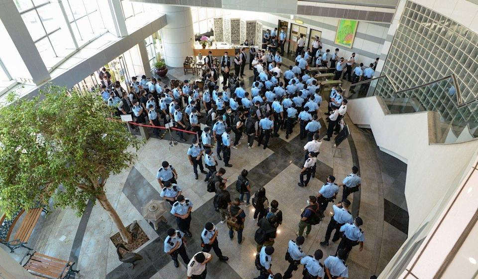 Hundreds of Hong Kong police officers took part in a raid of the Apple Daily offices in Tseung Kwan O last week. Photo: Handout