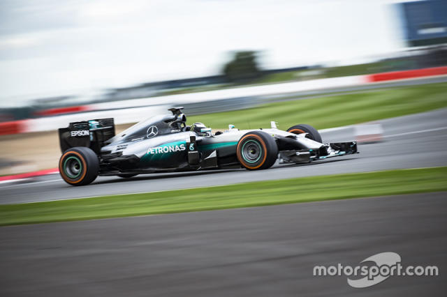 "Jorge Lorenzo, Mercedes AMG F1 W05 <span class=""copyright"">Monster Energy</span>"