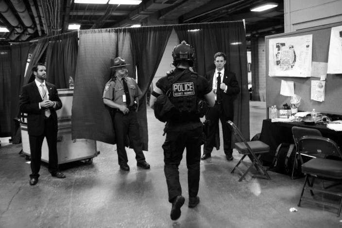 <p>Security in the back halls of the DNC in Philadelphia, PA. (Photo: Khue Bui for Yahoo News) </p>