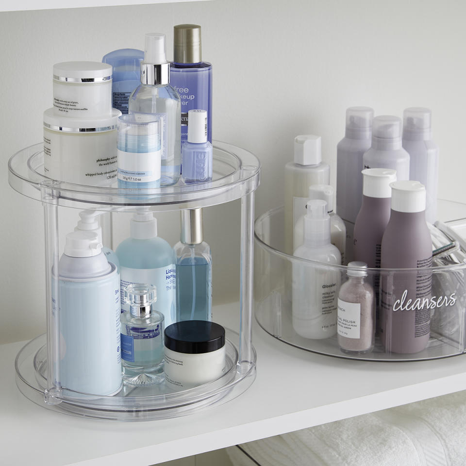 """<p><strong>The Home Edit</strong></p><p>containerstore.com</p><p><strong>$24.99</strong></p><p><a href=""""https://go.redirectingat.com?id=74968X1596630&url=https%3A%2F%2Fwww.containerstore.com%2Fcategory%2FtheHomeEditExclusiveCollection%3FproductId%3D11010526&sref=http%3A%2F%2Fwww.elledecor.com%2Fshopping%2Fg27548204%2Fcontainer-store-the-home-edit-collection%2F"""" target=""""_blank"""">BUY NOW</a></p><p>Use this turntable to organize everything from spices to skincare products-its height gives it extra versatility. </p>"""