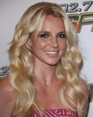 Britney Spears 'Requests Framed Princess Diana Photo' Before London Concert