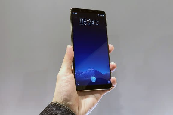 CES 2018: vivo Showcases First Phone with In-screen Fingerprint Sensor