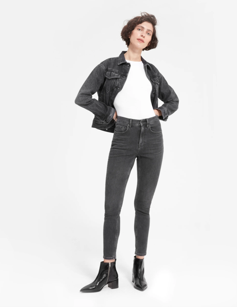 Image via Everlane.
