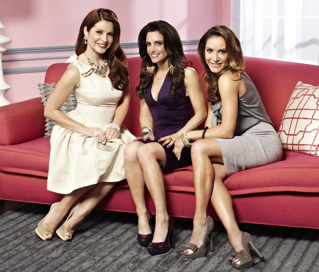 <p><b>Miss Advised</b> (Monday, 6/18 on Bravo)<br><br> Three so-called relationship experts are really good at doling out advice on dating, but struggle in their own attempts to meet Mr. Right. If Patti Stanger's not up in here, we're not sure we're really all that interested. </p>