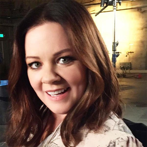 """<br>The <i>Spy</i> actress looked pretty chuffed with her fresh cut, posing for a snap which Campano shared on Instagram. """"On set with the funniest @melissamccarthy looking amazing after #cutting her #hair couple of inches off. Loving the soft texture using #awapuhihydromistblowoutspray of @paulmitchellus #makeup by @cakemakeup #haircut by me #RenatoCampora""""."""