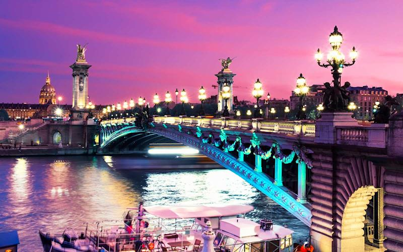 Get 2-for-1 Business Class Tickets to Paris