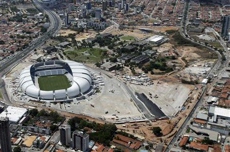 An aerial view shows the Arena das Dunas stadium, which will host matches for the 2014 soccer World Cup, in Natal January 22, 2014. REUTERS/Sergio Moraes