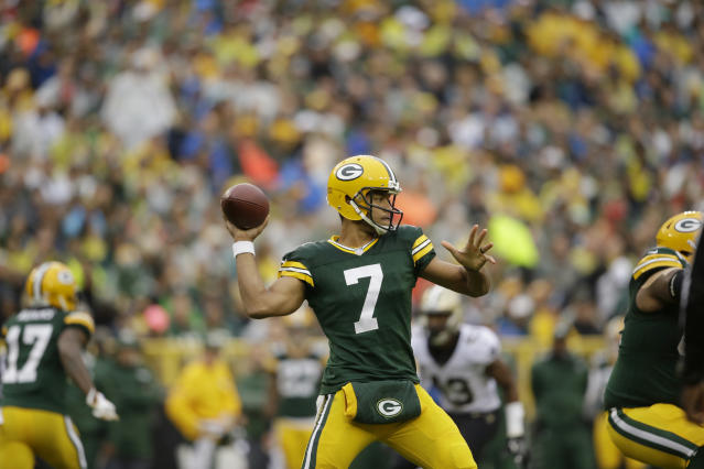 Green Bay Packers quarterback Brett Hundley was poor in his first NFL start. (AP)