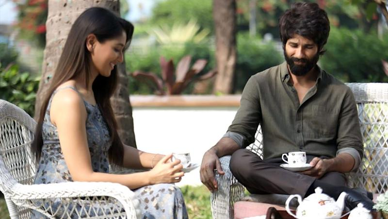 Kabir Singh Box Office Collection Day 27: Shahid Kapoor's Film Continues to Get Cash Registers Ringing Despite Reduction in Screens, Earns Rs 264.74 Crore