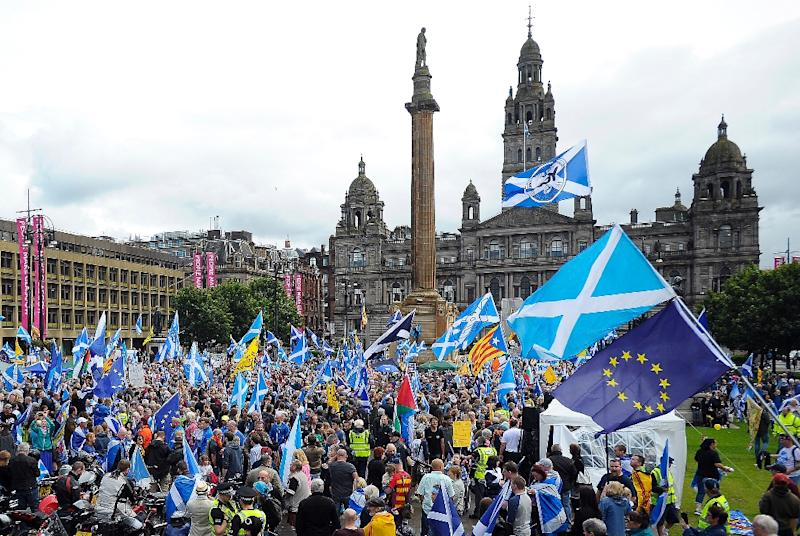 Who decides whether Scotland holds a new independence referendum?