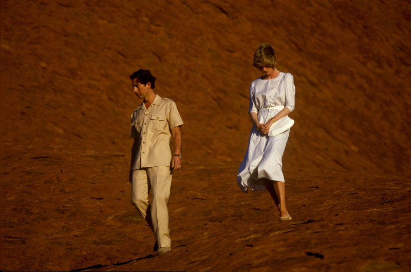 Prince Charles and Princess Diana on the real life visi to Uluru in March 1983. Photo: Getty Images