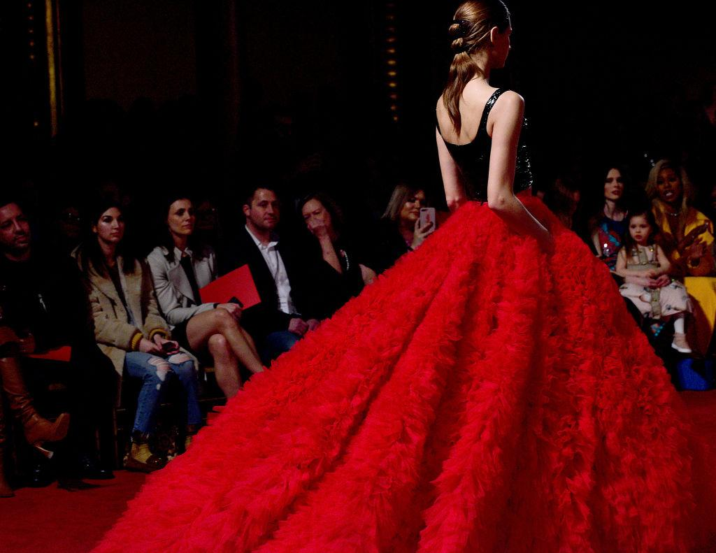<p>A black-and-red ball gown at the Christian Siriano FW18 show. (Photo: Getty) </p>