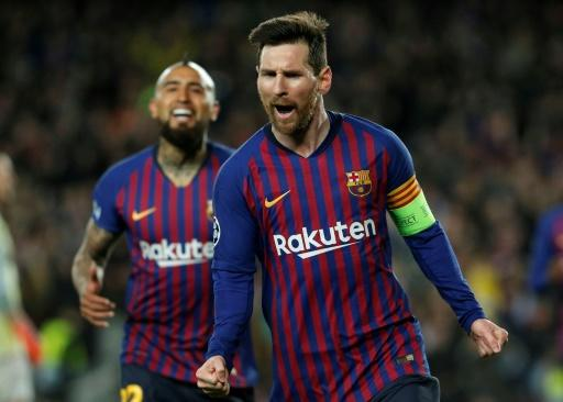 Lionel Messi scored twice, including a penalty, and set up two more goals as Barcelona beat Lyon 5-1 to march on to the Champions League quarter-finals