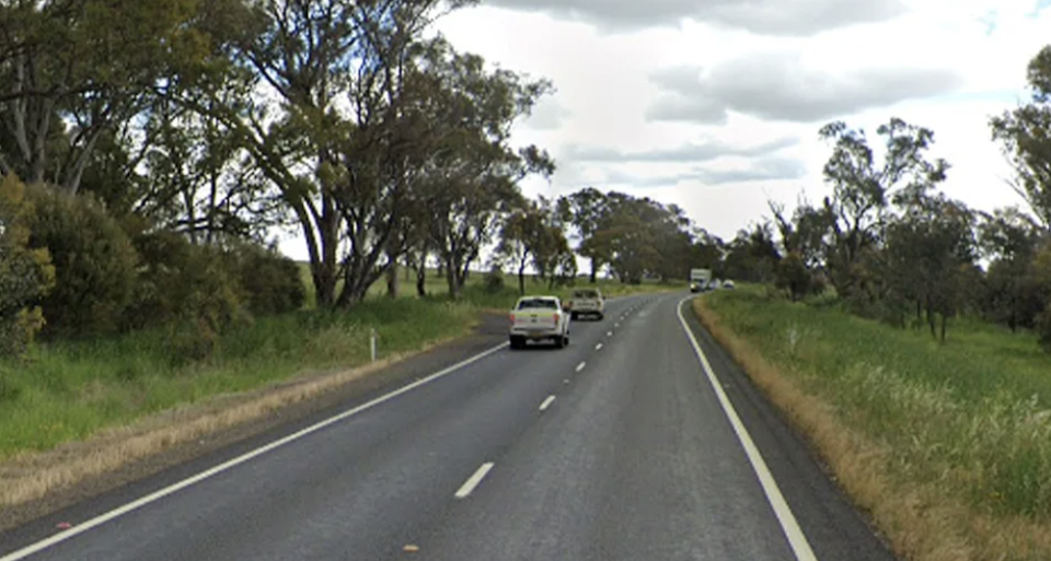 The removalists allegedly travelled from Sydney to Molong while infectious. Source: Google Maps