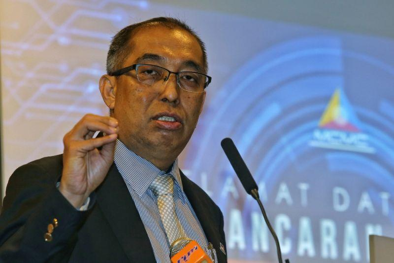 Minister: 'Misunderstanding' between MCMC and Lowyat.net about article on personal data breach