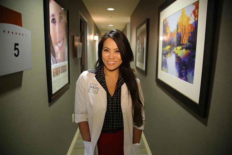 Dr Sandra Lee aka Dr Pimple Popper is a skin care expert that has tapped into a cult following. Source: Getty