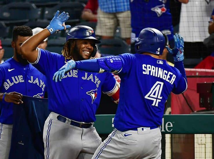 MLB DFS Picks, top stacks and pitchers for Yahoo, DraftKings & FanDuel daily fantasy baseball lineups, including the Blue Jays | Thursday, 9/23
